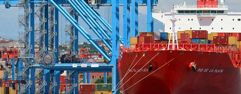 La fuerte subida de precios de las materias primas, amenaza el abastecimiento de la industria y el despegue de la economía.